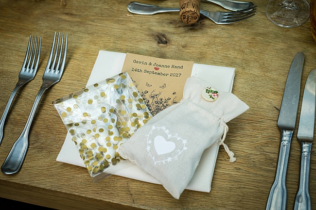 Mad Hatter's tea party September wedding in Hampshire - image credit Linus Moran Photography (26)