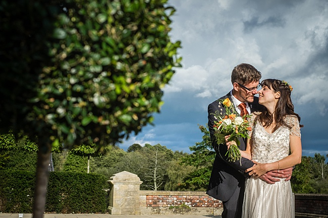 Mad Hatter's tea party September wedding in Hampshire - image credit Linus Moran Photography (33)