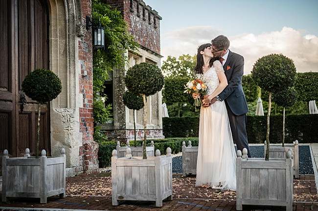 Mad Hatter's tea party September wedding in Hampshire - image credit Linus Moran Photography (42)