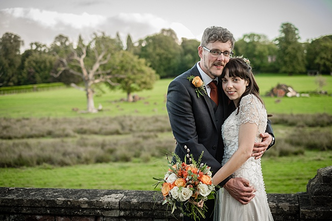 Mad Hatter's tea party September wedding in Hampshire - image credit Linus Moran Photography (43)