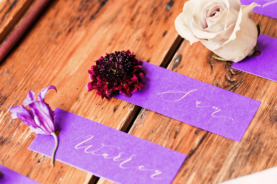 Purple wedding style inspiration with calligraphy By Moon and Tide, photo credit Camilla Lucinda Photography (9)