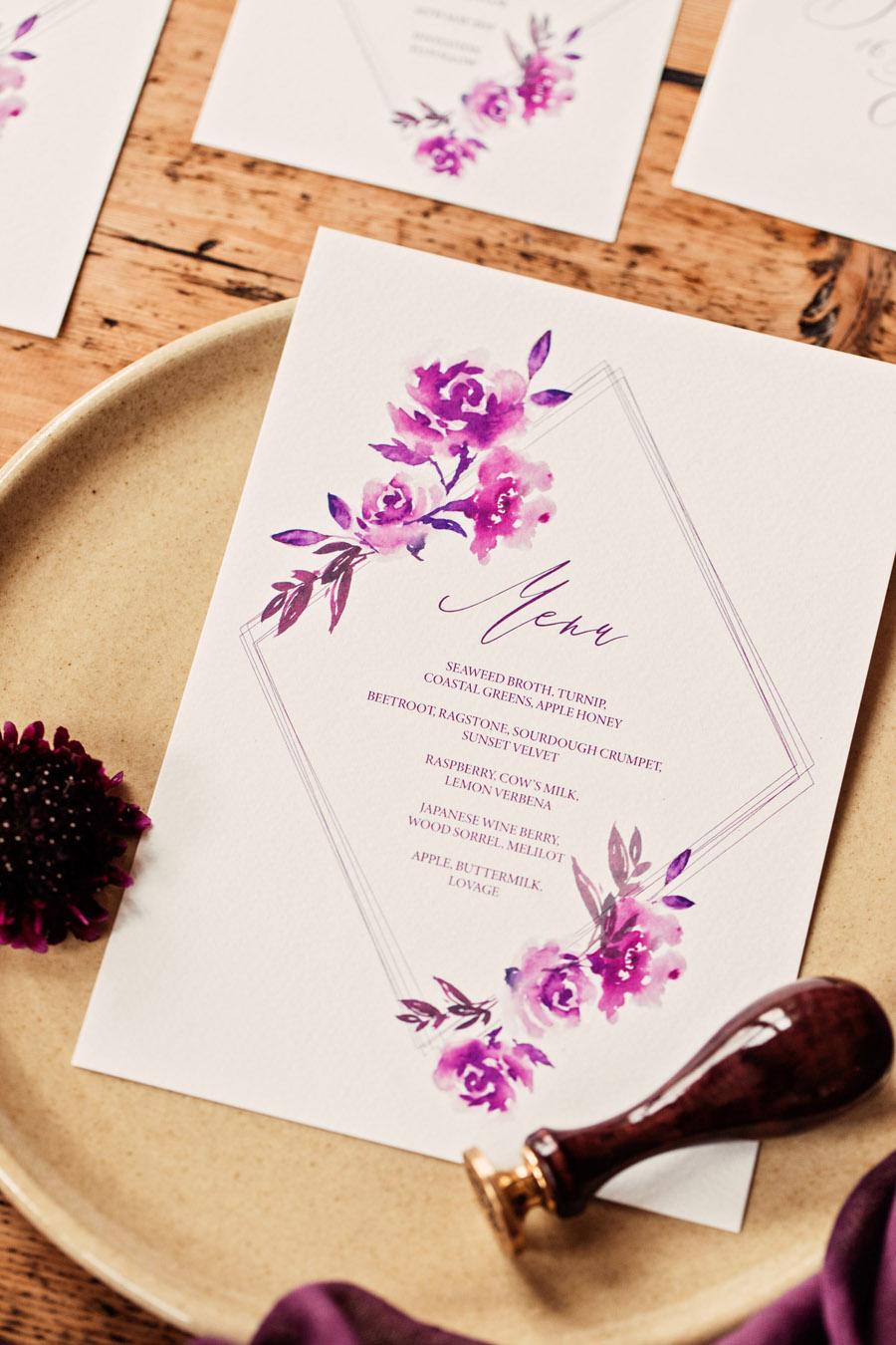 Purple wedding style inspiration with calligraphy By Moon and Tide, photo credit Camilla Lucinda Photography (12)