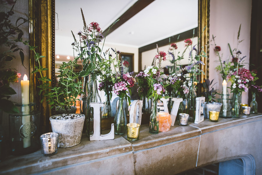 Eco styling ideas for a summer picnic wedding with Bohotanical and the Gilded Fern (24)