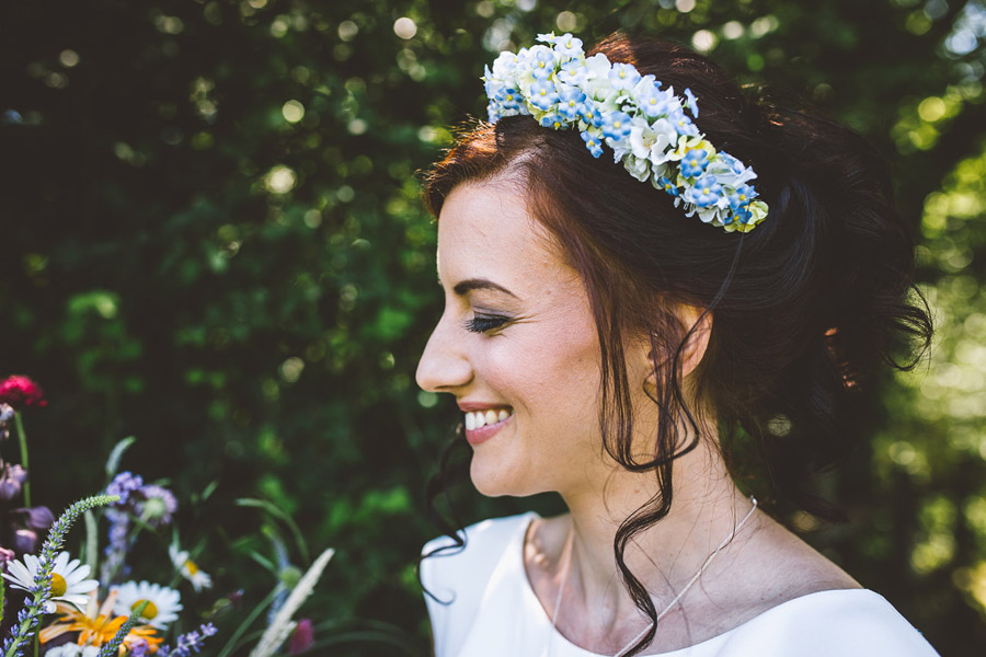 Eco styling ideas for a summer picnic wedding with Bohotanical and the Gilded Fern (33)