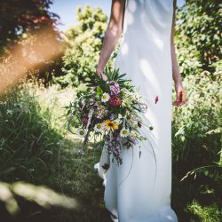 Wedding fauxliage – why fake blooms are no wedding winner