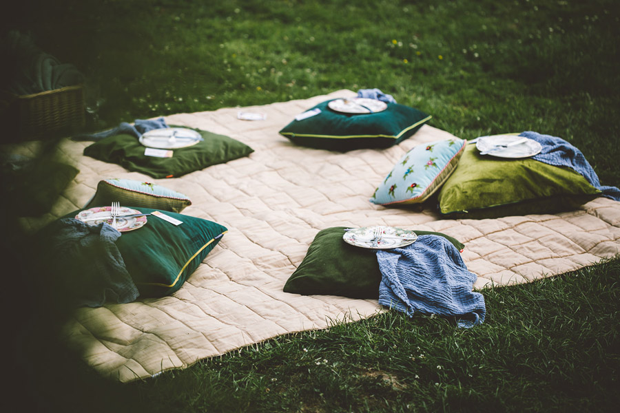 Eco styling ideas for a summer picnic wedding with Bohotanical and the Gilded Fern (55)