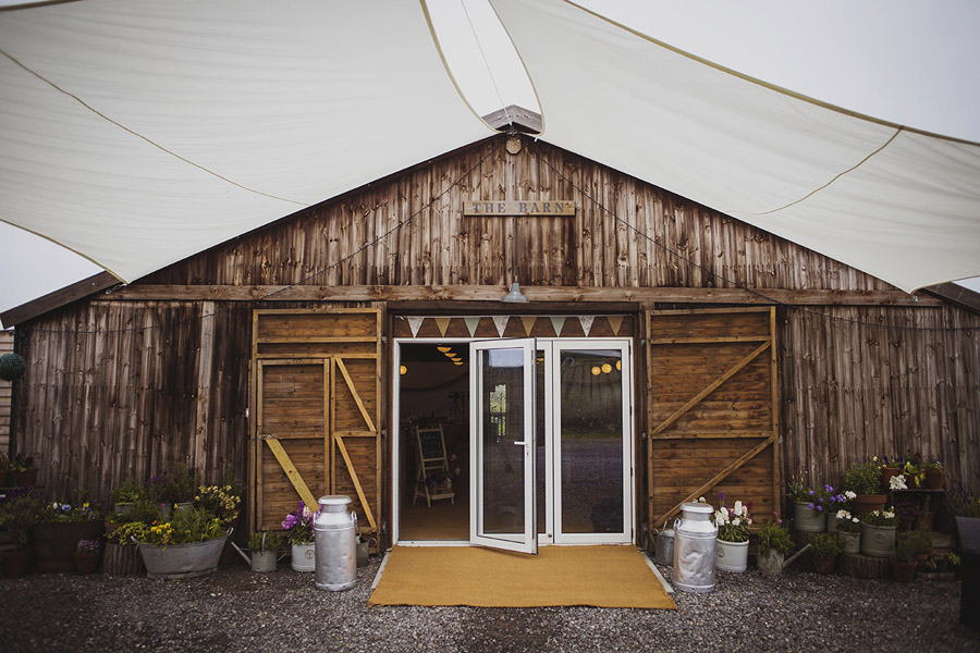 Relaxed outdoor wedding at Cott Farm Barn with images by Heather Birnie Photography on the English Wedding Blog (1)