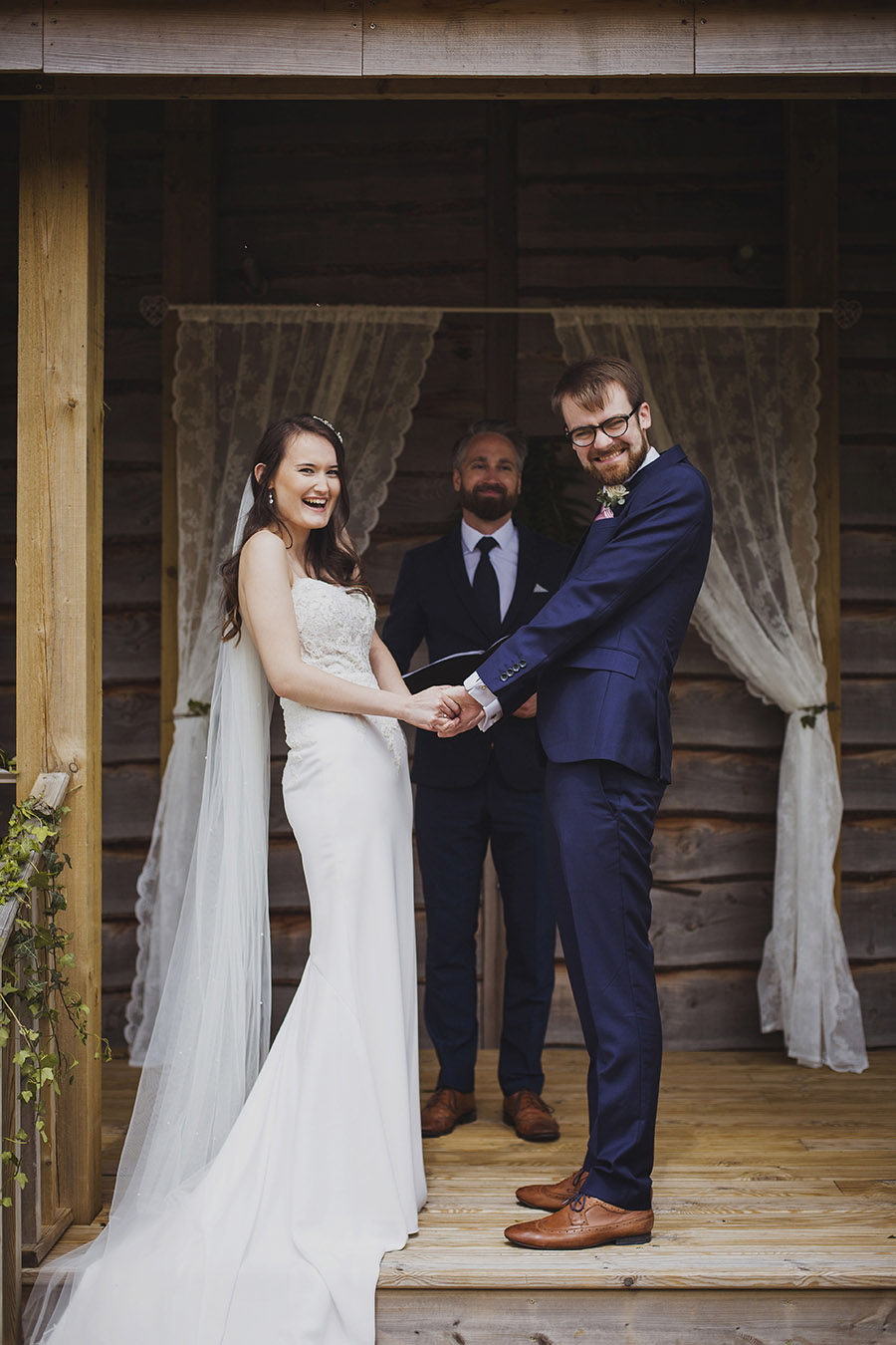 Relaxed outdoor wedding at Cott Farm Barn with images by Heather Birnie Photography on the English Wedding Blog (21)