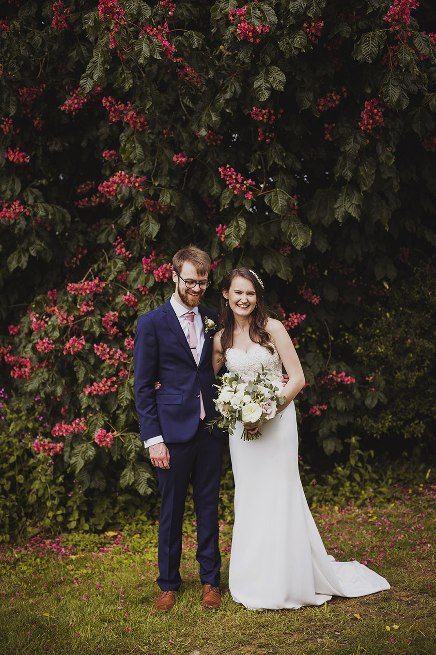 Relaxed outdoor wedding at Cott Farm Barn with images by Heather Birnie Photography on the English Wedding Blog (30)