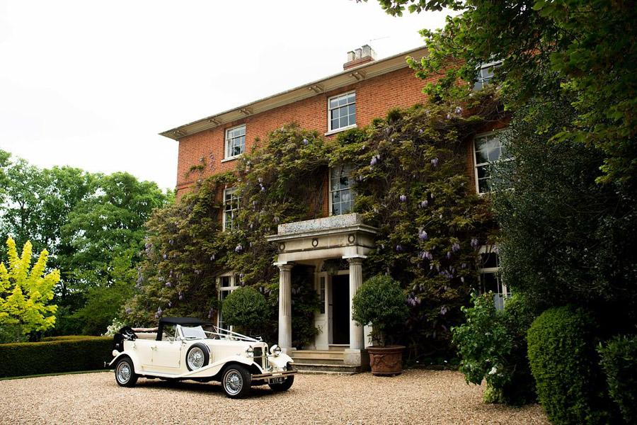 Nicola Norton Hertfordshire wedding photographer on the English Wedding Blog (6)