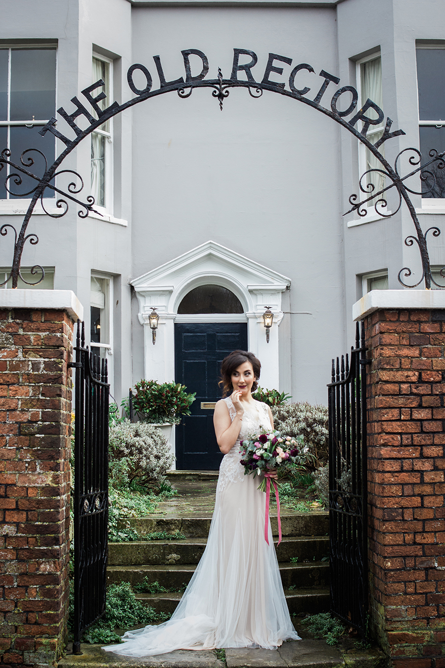 warm, winter wedding styling with heirloom touches on the English Wedding Blog - image by Katie Rogers Photography (20)