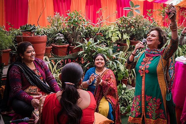 Hindu Punjabi wedding blog with Surily G and Ameeran Design, images by Linus Moran Photography (2)