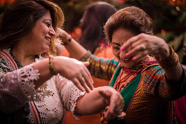 Hindu Punjabi wedding blog with Surily G and Ameeran Design, images by Linus Moran Photography (9)