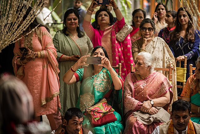 Hindu Punjabi wedding blog with Surily G and Ameeran Design, images by Linus Moran Photography (44)