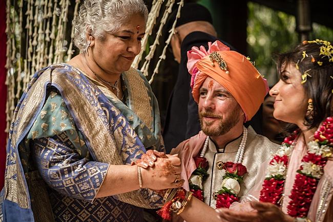 Hindu Punjabi wedding blog with Surily G and Ameeran Design, images by Linus Moran Photography (54)