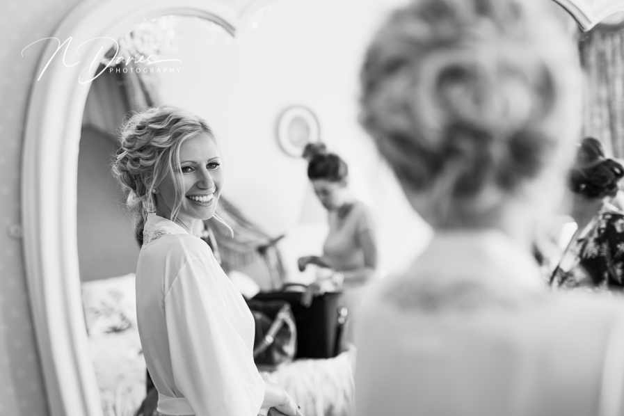 Timelessly elegant wedding styling and moments to melt your heart! Nick Davies Photography on the English Wedding Blog (8)
