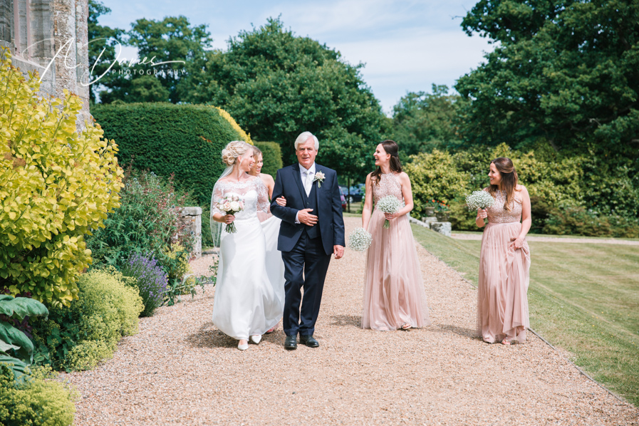 Timelessly elegant wedding styling and moments to melt your heart! Nick Davies Photography on the English Wedding Blog (16)