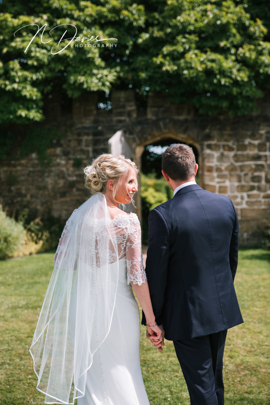 Timelessly elegant wedding styling and moments to melt your heart! Nick Davies Photography on the English Wedding Blog (22)