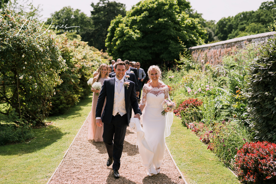 Timelessly elegant wedding styling and moments to melt your heart! Nick Davies Photography on the English Wedding Blog (23)