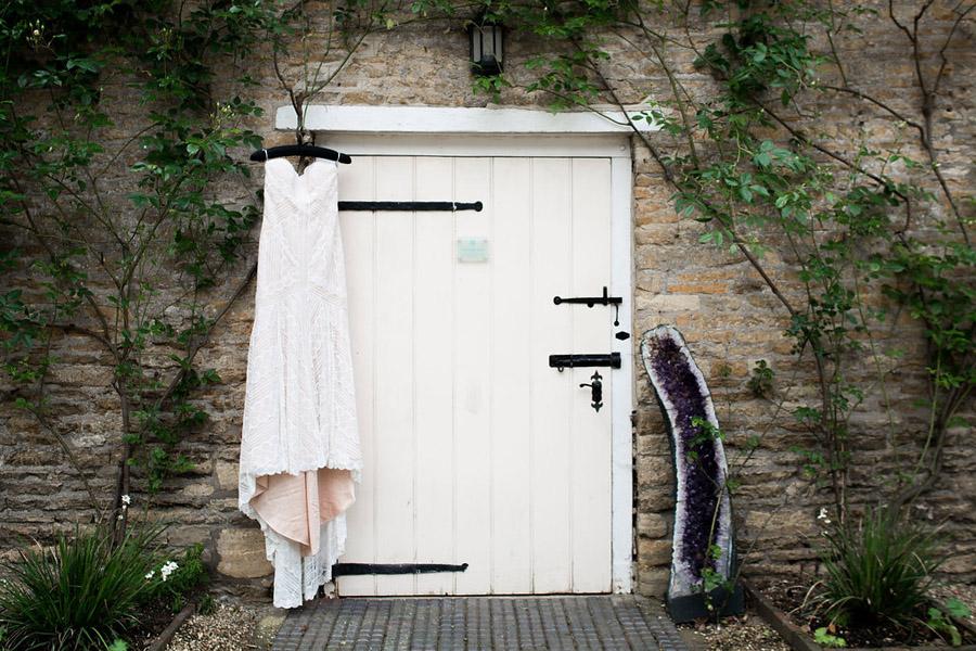 Nicola Norton Photography on the English Wedding Blog (1)