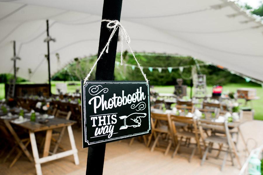 Nicola Norton Photography on the English Wedding Blog (14)