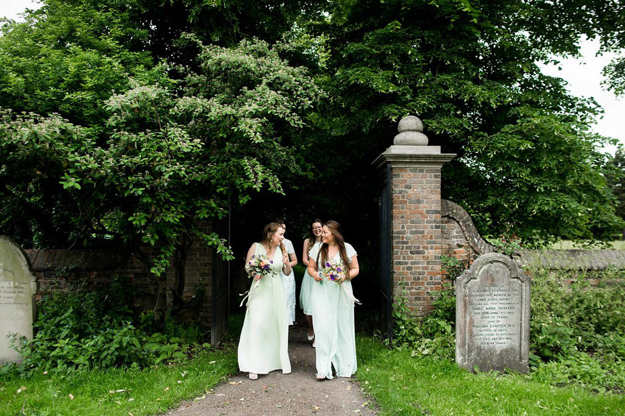 Nicola Norton Photography on the English Wedding Blog (25)