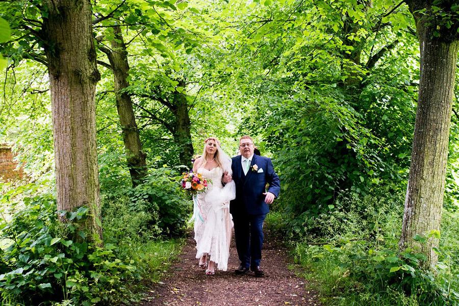 Nicola Norton Photography on the English Wedding Blog (28)