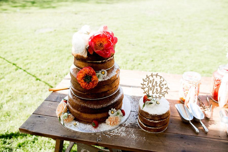Nicola Norton Photography on the English Wedding Blog (46)