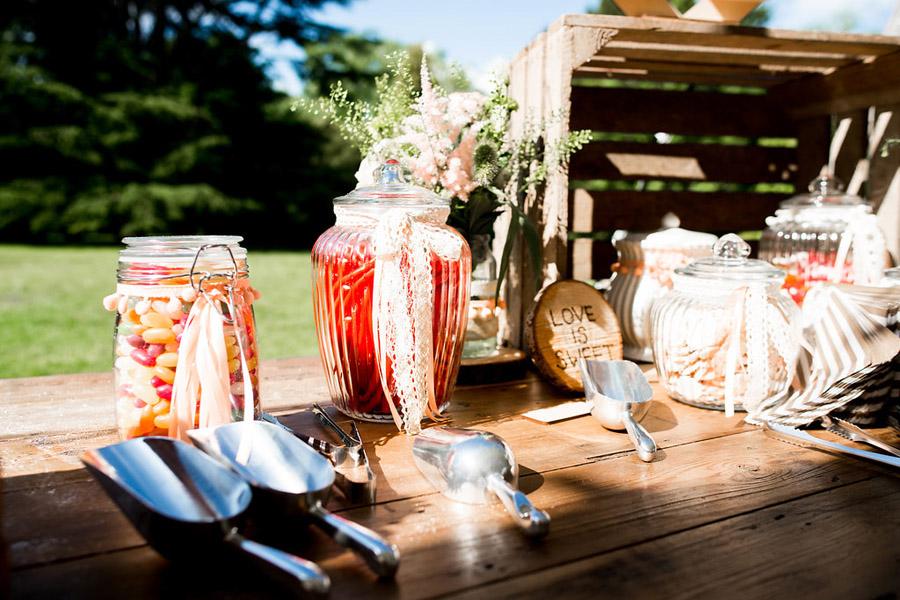 Nicola Norton Photography on the English Wedding Blog (47)