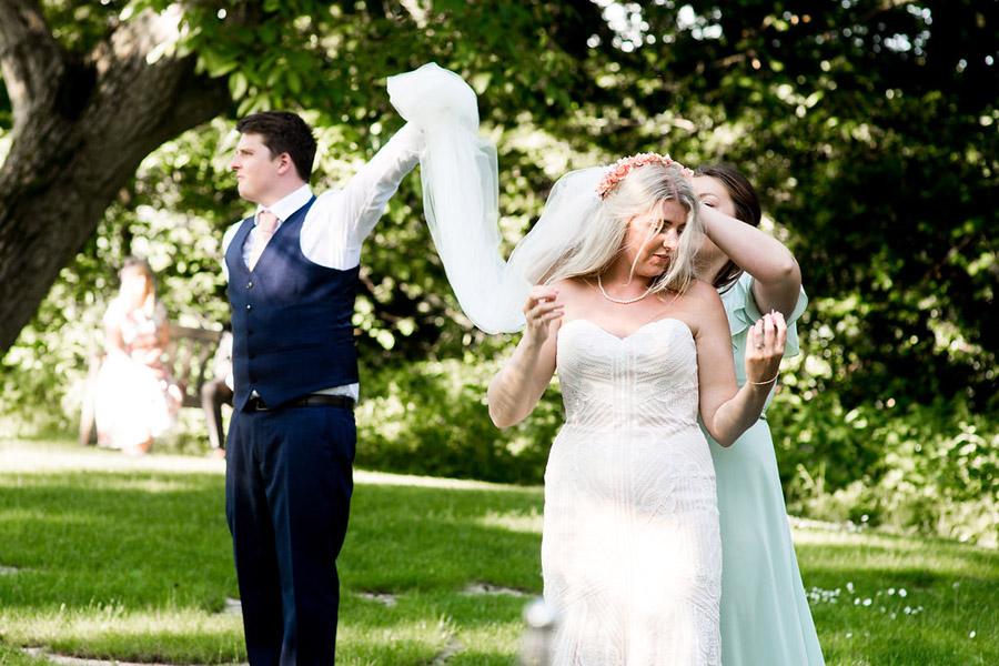 Nicola Norton Photography on the English Wedding Blog (49)