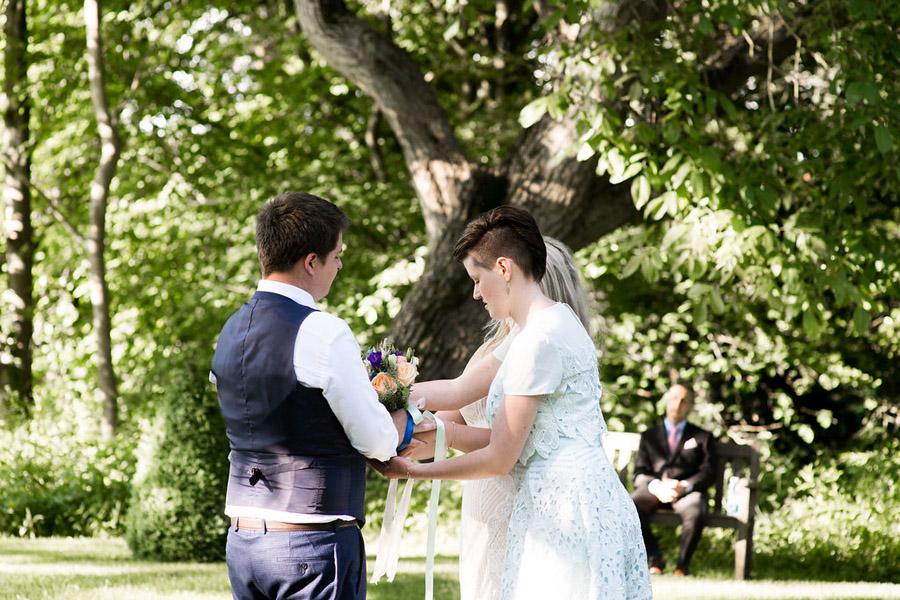 Nicola Norton Photography on the English Wedding Blog (50)