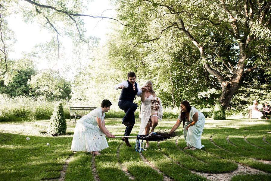 Nicola Norton Photography on the English Wedding Blog (51)