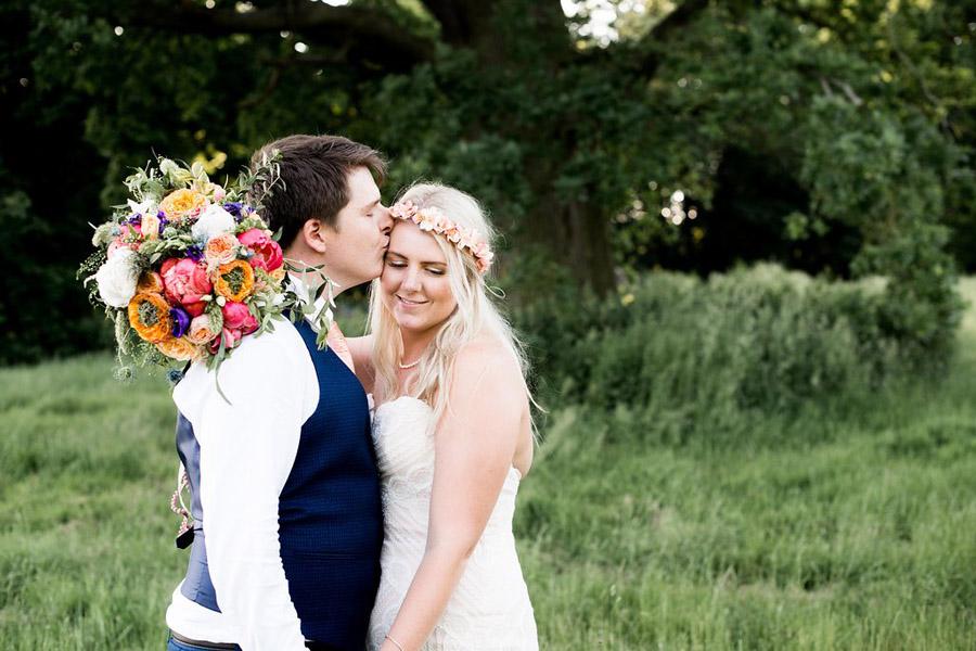Nicola Norton Photography on the English Wedding Blog (56)