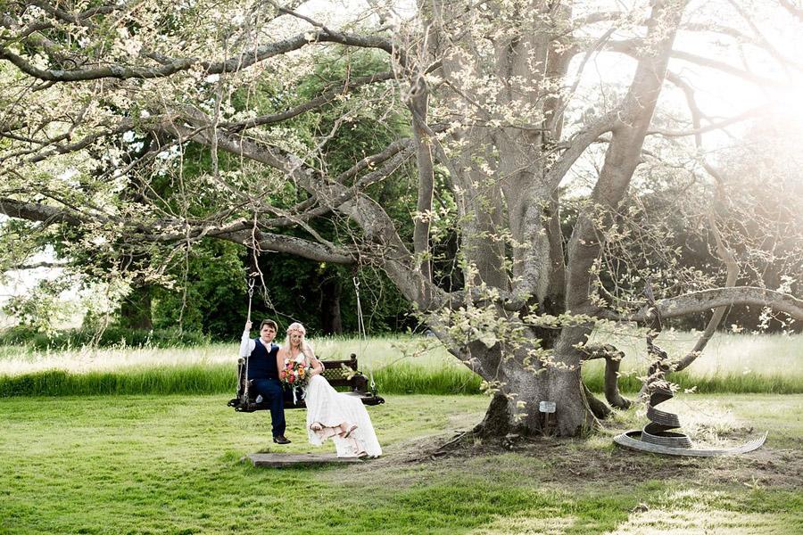 Nicola Norton Photography on the English Wedding Blog (58)