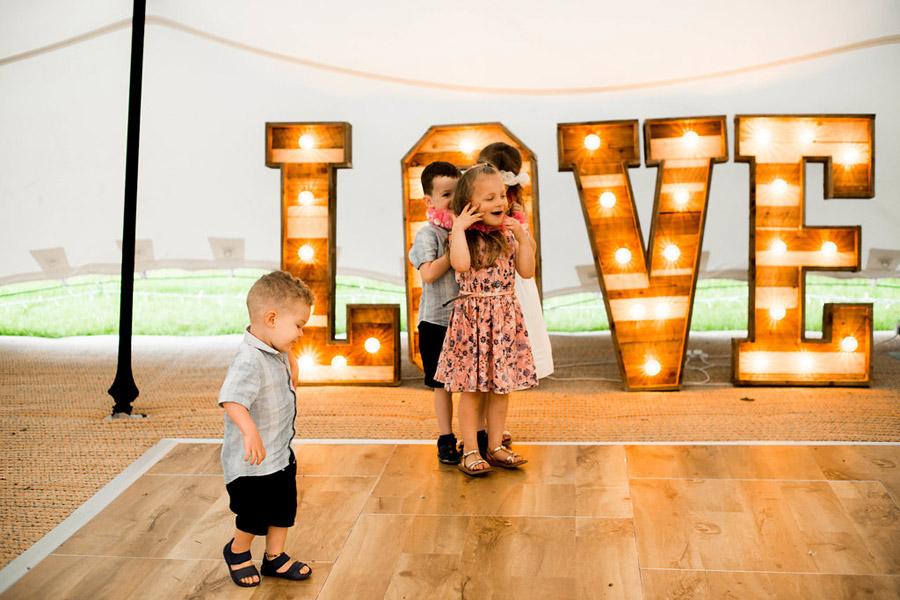 Nicola Norton Photography on the English Wedding Blog (59)