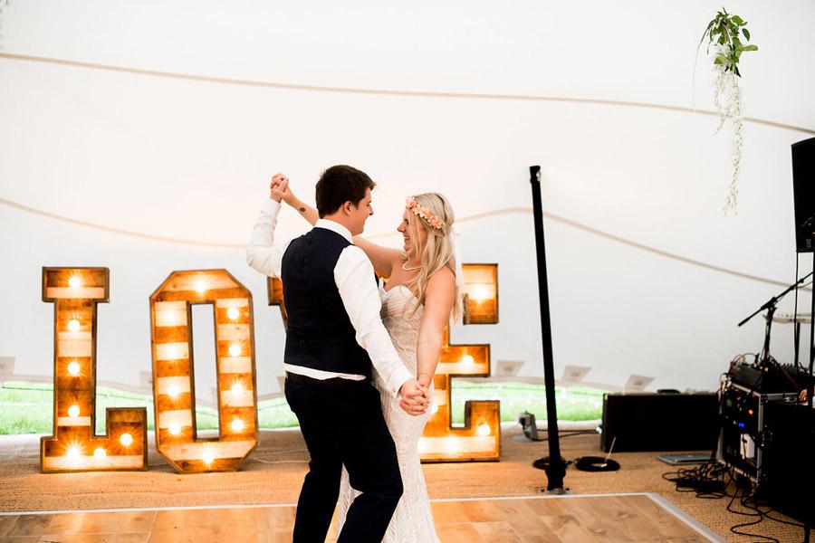 Nicola Norton Photography on the English Wedding Blog (60)