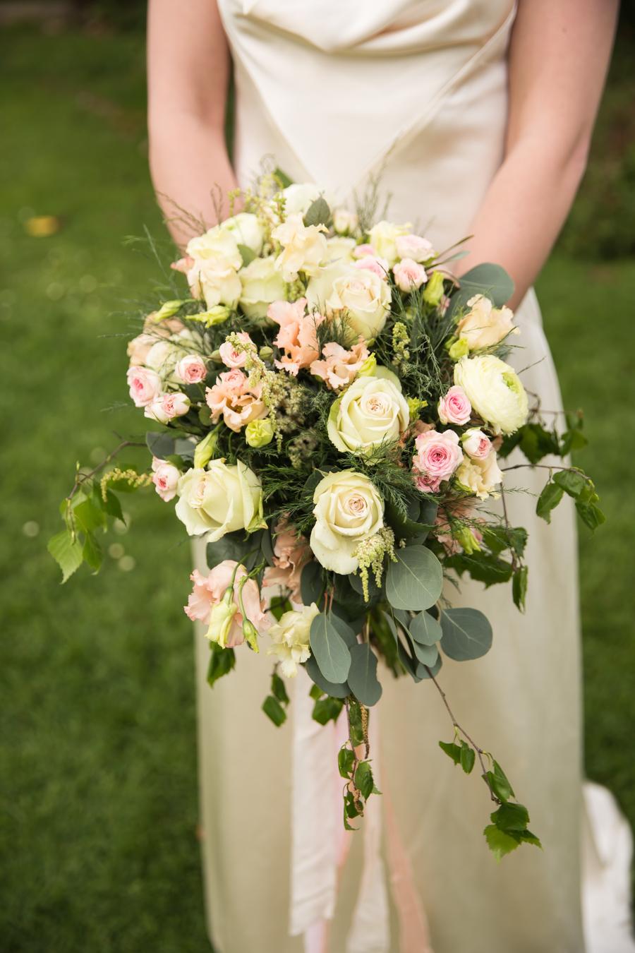 English country garden wedding style ideas with Hannah Larkin Photography (28)