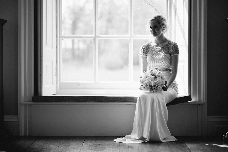 Glamour and sparkle for a stunning Iscoyd Park wedding, images by Paulo Santos on the English Wedding Blog (8)