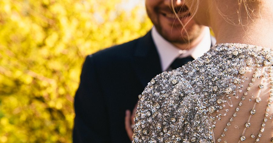 Glamour and sparkle for a stunning Iscoyd Park wedding, images by Paulo Santos on the English Wedding Blog (23)