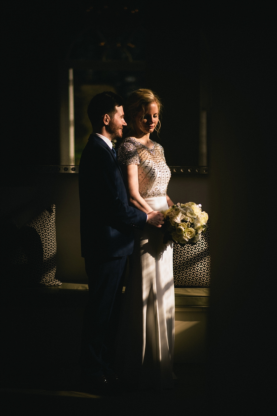Glamour and sparkle for a stunning Iscoyd Park wedding, images by Paulo Santos on the English Wedding Blog (26)