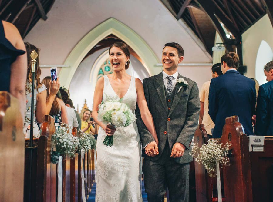 White and green styling for an elegant wedding at West Tower, with Rachel Joyce Photography on the English Wedding Blog (10)