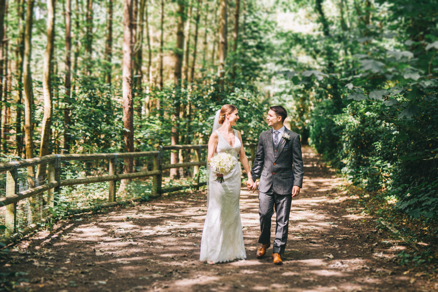 White and green styling for an elegant wedding at West Tower, with Rachel Joyce Photography on the English Wedding Blog (18)