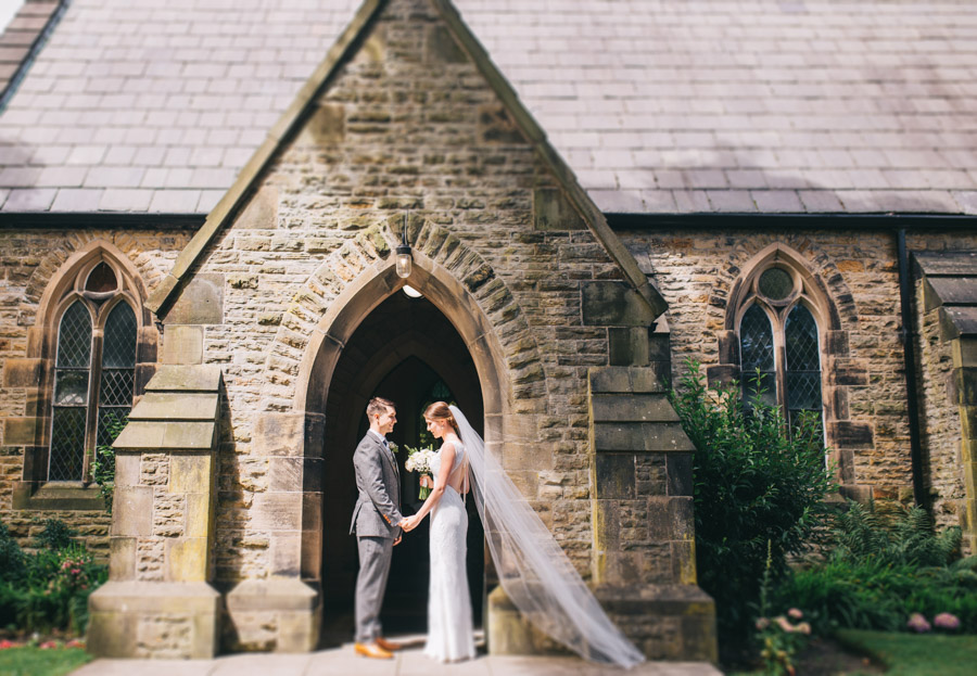 White and green styling for an elegant wedding at West Tower, with Rachel Joyce Photography on the English Wedding Blog (20)