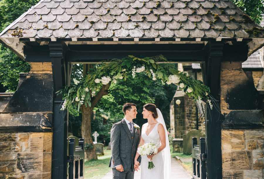 White and green styling for an elegant wedding at West Tower, with Rachel Joyce Photography on the English Wedding Blog (21)