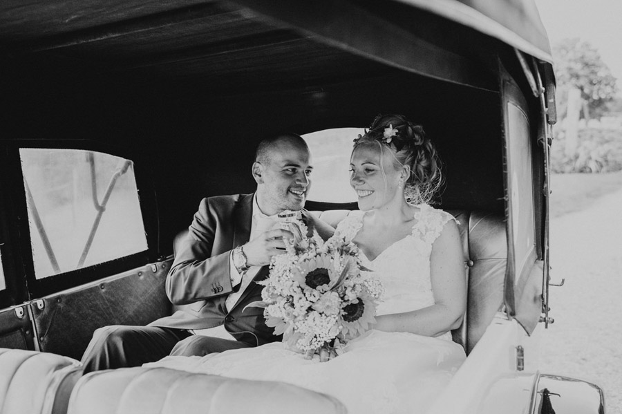 We love this Cowparsley Farm Somerset wedding with Special Day Wedding Photos on the English Wedding Blog (8)
