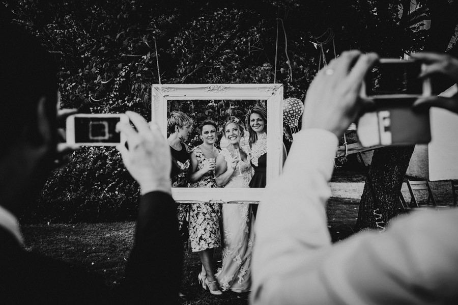 We love this Cowparsley Farm Somerset wedding with Special Day Wedding Photos on the English Wedding Blog (19)