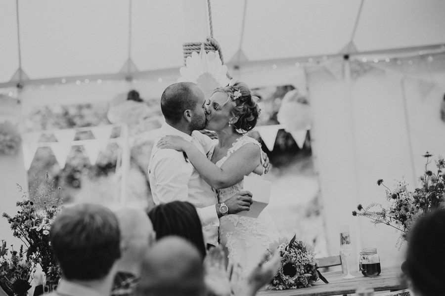 We love this Cowparsley Farm Somerset wedding with Special Day Wedding Photos on the English Wedding Blog (26)