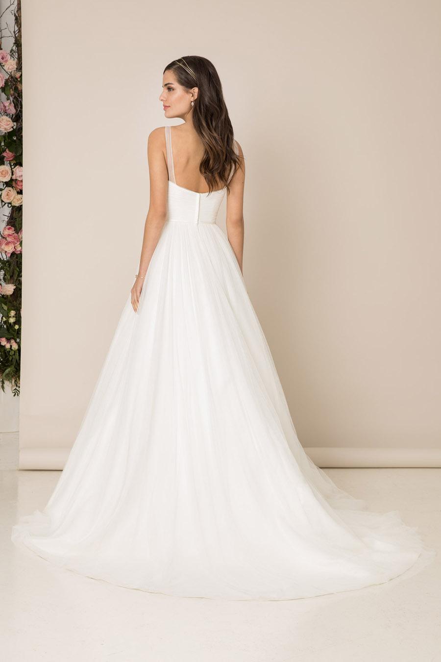 The English Wedding Blog showcases Kelsey Rose 2019 bridal collection (15)
