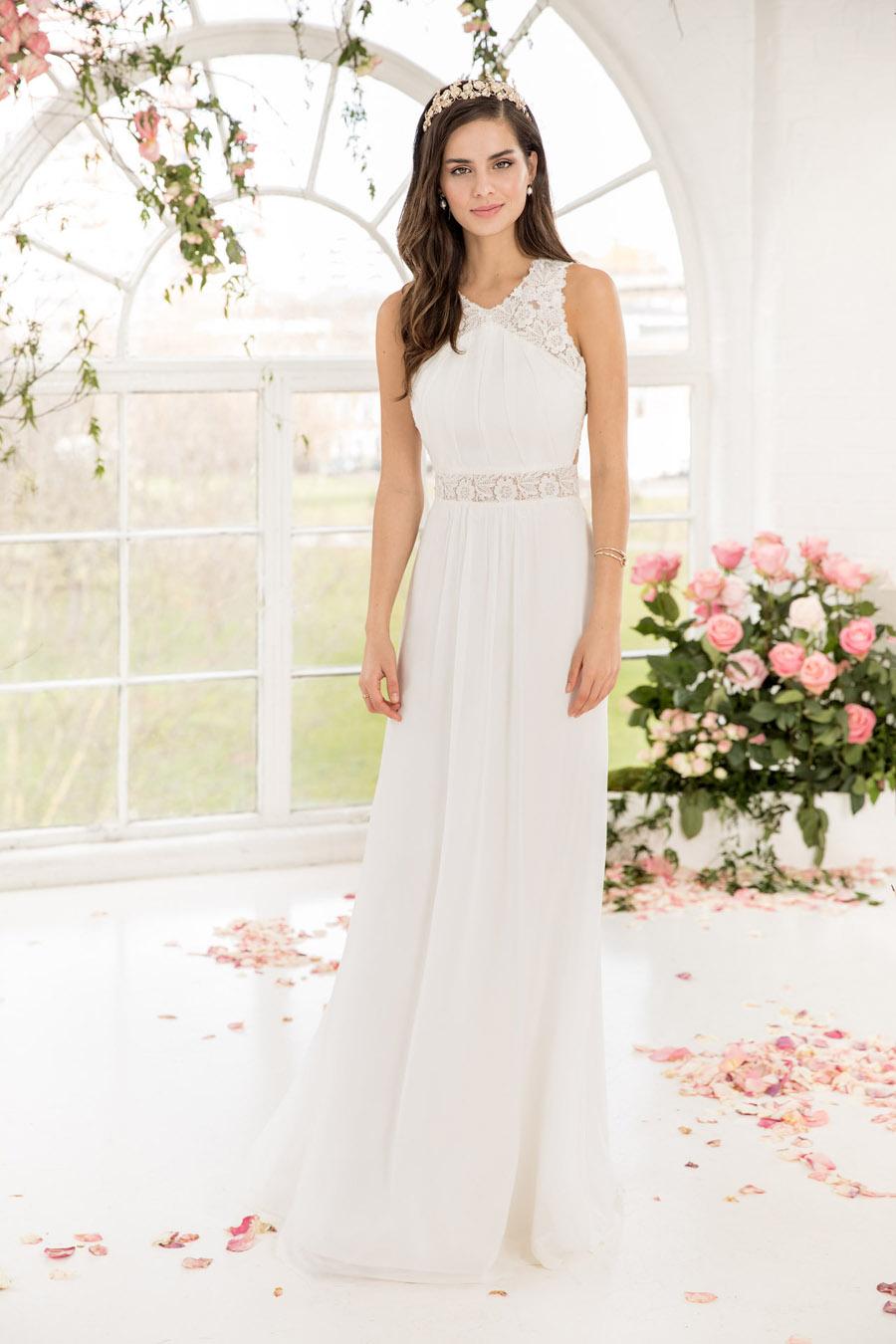 The English Wedding Blog showcases Kelsey Rose 2019 bridal collection (10)