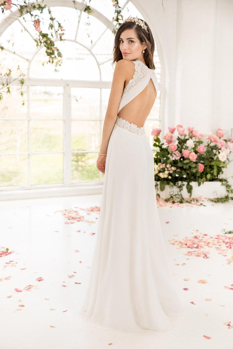 The English Wedding Blog showcases Kelsey Rose 2019 bridal collection (9)